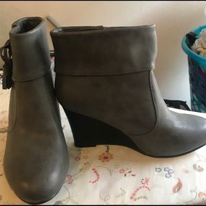 Brand new gray wedge ankle boots